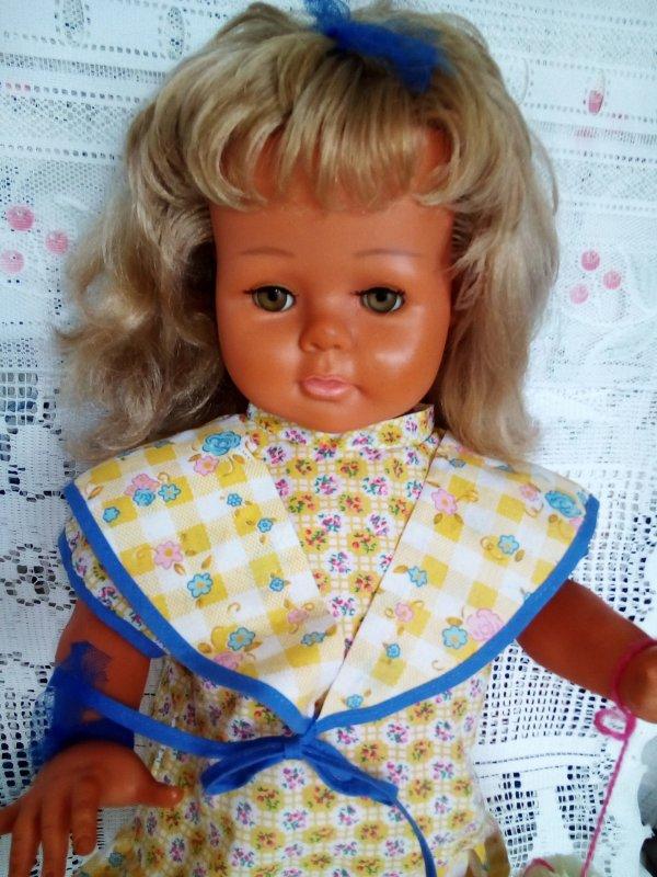 Qui est-elle ? J'ai eu la réponse ! Marielle 1963 49 cm