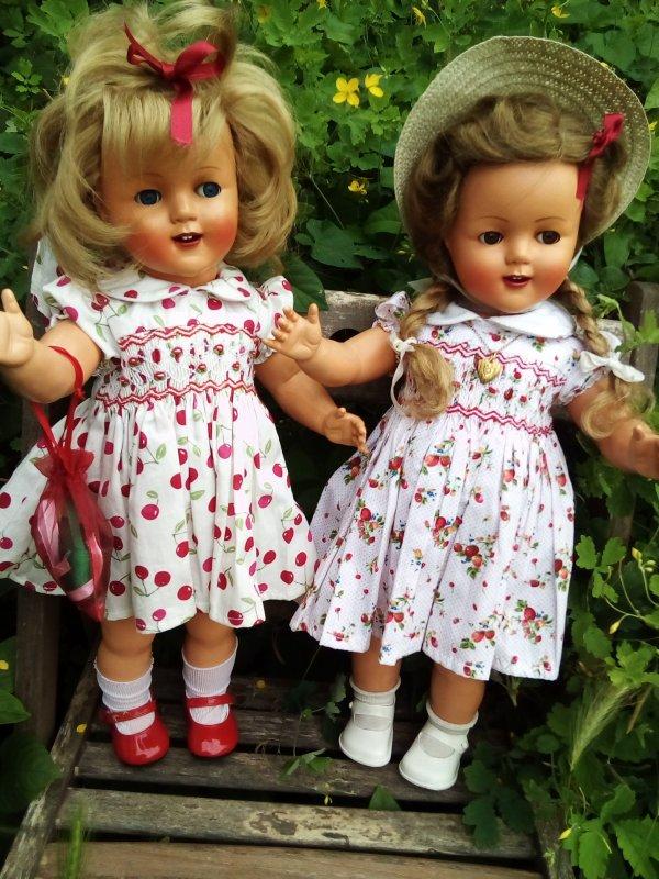 Après la robe aux cerises ! la robe Madagascar aux fraises !