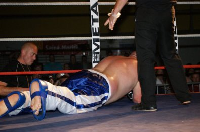 Freddy !! champion de france  wako pro poids lourds 2011 !!!!!