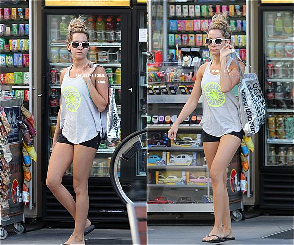 25/07/12 : ^^ Ashley en allant et quittant une réunion à Beverly Hills. .Ashleytrès belle comme d'habitude , elle a l'air de bonne humeur tout se passe bien. .