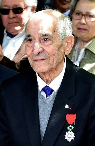 Rafael GOMEZ NIETO Inauguration à Paris le 20.04.2017 : Hommage : il est décédé hier du Coronavirus après avoir survécu à 2 guerres.