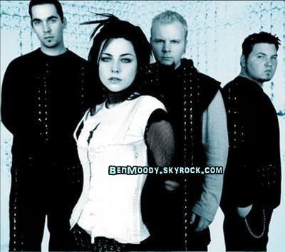 DOSSIER >> Evanescence