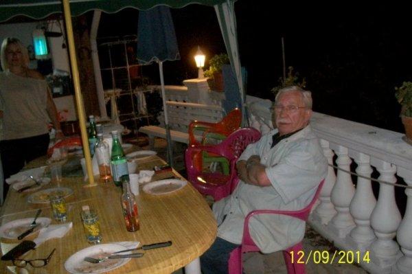 soirée pizzas Malaussène Malaussène est une commune française située dans le département des Alpes-Maritimes en région Provence-Alpes-Côte d'Azur. Ses habitants sont appelés les Malaussénois un soir de moi de septembre comme et les aime dans midi chaude