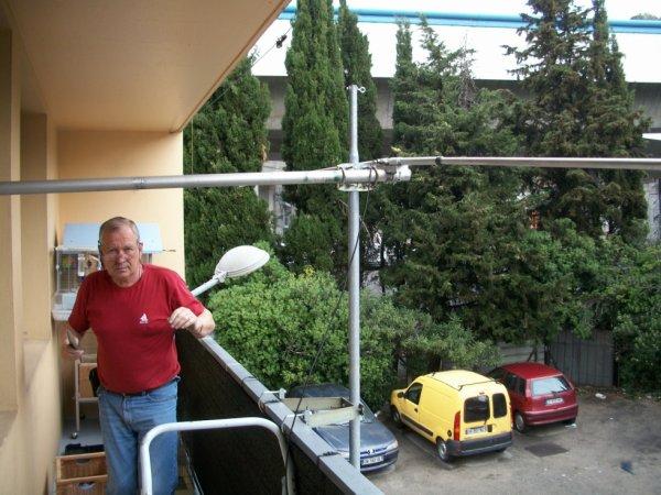 antenne Dipole faite par 14V173 Yann Le 25/04/2015  Tos SWR 1 SUR 1 Merci a toi ami radio Yann