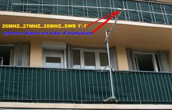 antenne dipole hf 26 mhz 27 mhz 28 mhz Tos 1.1 fabrication OM de 14v173 yann..aujourd'hui un festival contacter DX SUR 27.555.00 27/07/2015 73S A TOUT LES OM AVEC LEQUEL JE FAIS  contacter MERCI