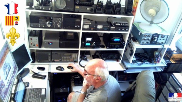 Bonjour a tous de 14WW.210 de Nice également SWL sous l'indicatif F-11874 chez ma grand mer j'écoute les ondes courte a j'ai 6 ans j'ai commencé mes premier pas en radio a Marseille je suis né d'ans cette ville j'ai été membre du radio club le Voyageur des Ondes d'ans les année 1980 et 1990 d'on j'ai te le président du 06 pour la session 06 -V0600 histoire d'un passionne de radio et commence en 1970 avec radio militaire en modulation AM Prix de 500 F pour lé poque avec la bande CB fin du service militaire travailles est un familles puis des enfant est 1980 la naissance en France citizens band avec toute les possibilité de matériel radio et j'aie u pas malle de matériel radio je suis un passionne de DX LONG distance est un grand écouteurs toute band confondu tout ce qui rapporte a la radio m'intéresse quand on aime on ne conte pas un passion illimité je suis passionné d'histoire sur tous du commencement du radio amateurisme toujours aussi attife et passionné jusque a nos jours en 2015 VOIS LA MON HISTOIRE 73 a tous amis Radio Patrick 14WW.210 Nice cote d'azur