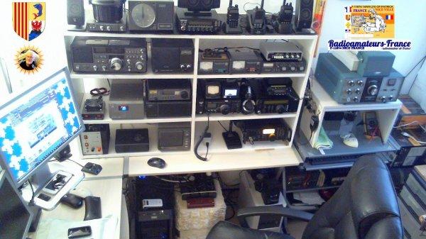 shack  amateur radio et SWL de F-11874 ET 14WW.210 1970-2015