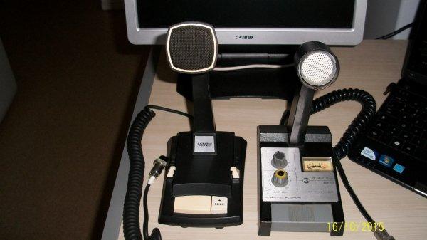 restauration de deux micro sur pied un ASTATIC Made in USA est un ZETAGI MB+5 Made in Italie état fonctionné