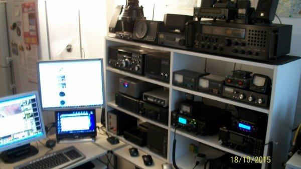 ma passion amateur Radio est Radio Ecouteur F-11874
