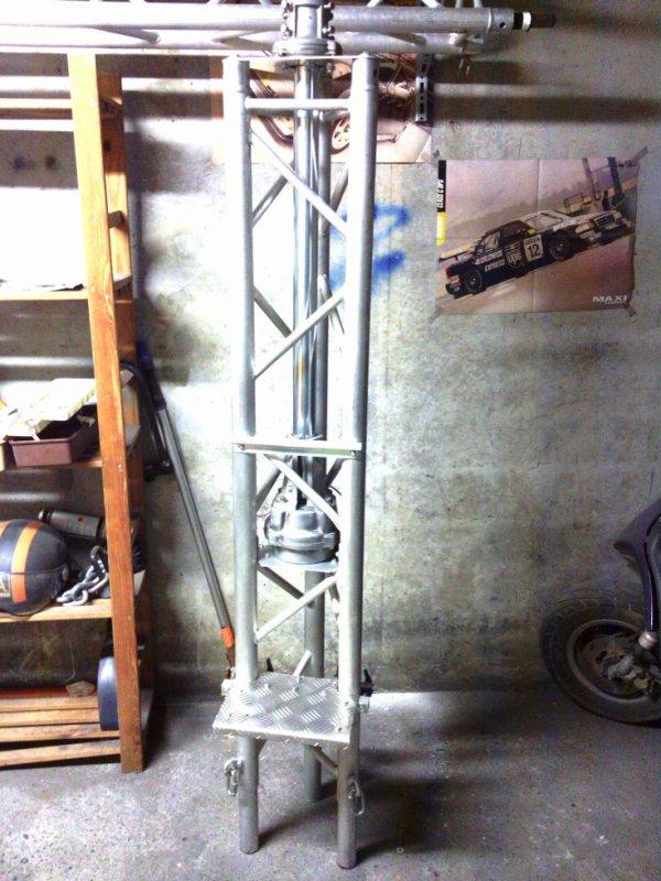 du travaille de pro  pylône avec cage a rotor de  14 V173 yann NICE