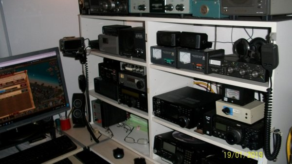 radio écouteur F-11874 NICE VILLE de 1973 a ce jour et cette année 2019