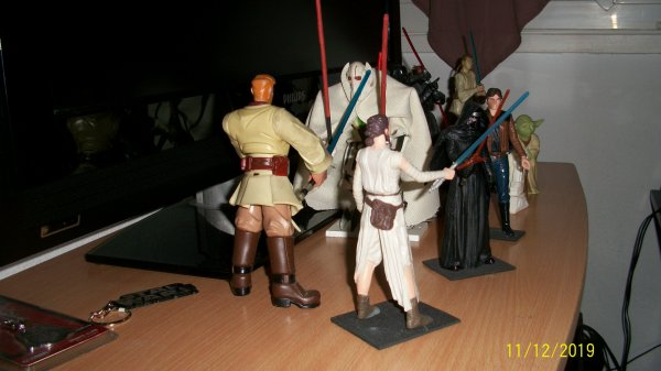 Star Wars : L'Ascension de Skywalker - Bande-annonce officielle (VF)...fans de  Star Wars  je le suis du début des années 1977