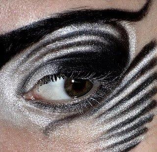 Une de mes créations  ;   Maquillage Zèbre