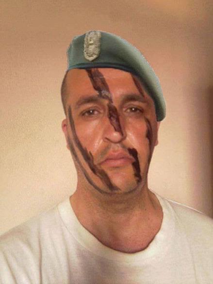 sergent chef des forces de frappe de l'armée nationale populaire algérienne