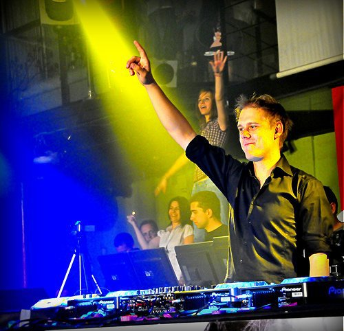 A State of Trance Episode 457 / SHOGUN feat EMMA LOCK.........Save Me (2010)