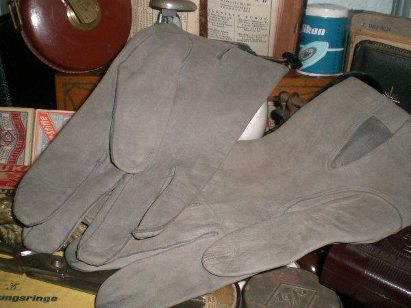 Superbe et rare paire de gants d'officier all wk2!!!!