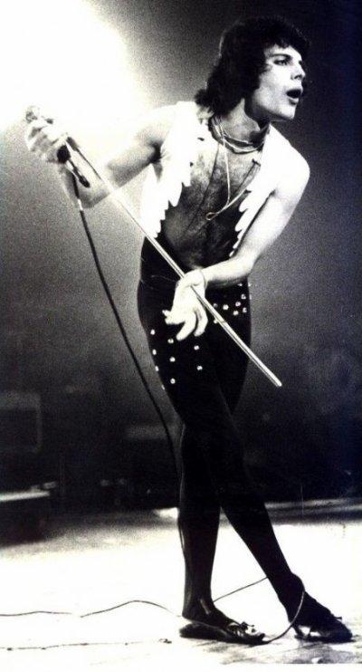Freddie , si seulement je pouvais te ramener rien qu'un jour , une heure , un moment , un instant ... croit moi , je le ferais !