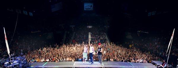 Chat MTV + Clip + Pukkelpop + Mars Theme Night + Photos