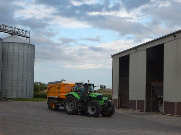 Deutz-Fahr Agrotron TTV 630+Joskin