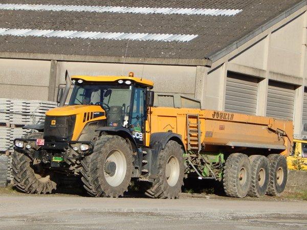 JCB Fastrac 3230+Joskin Trans-KTP