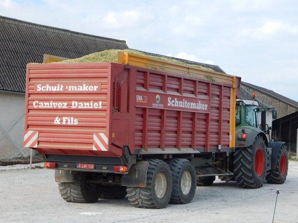 Fendt 824 Vario+Schuitemaker Siwa 720