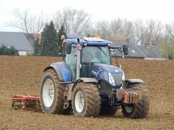 New Holland T7.270 Blue Power+Jadin