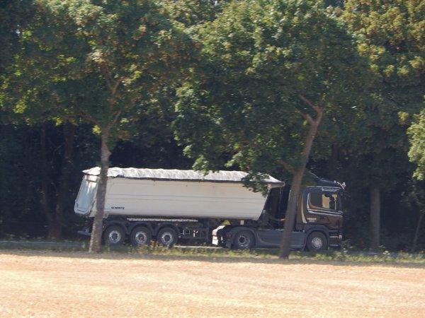 """Scania """"Crown Edition""""+Schmitz"""