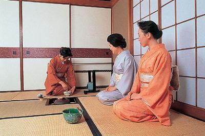 Une cérémonie de thé pas tout à fait formelle 2.