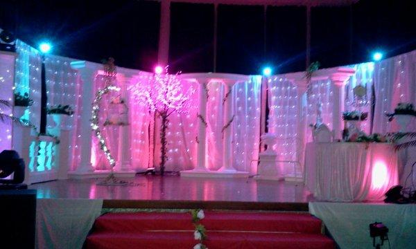 UNE DECORATION DE REVE  POUR LE  MARIAGE DU 11.02.2012 A THIL CHATEL (Département 21)