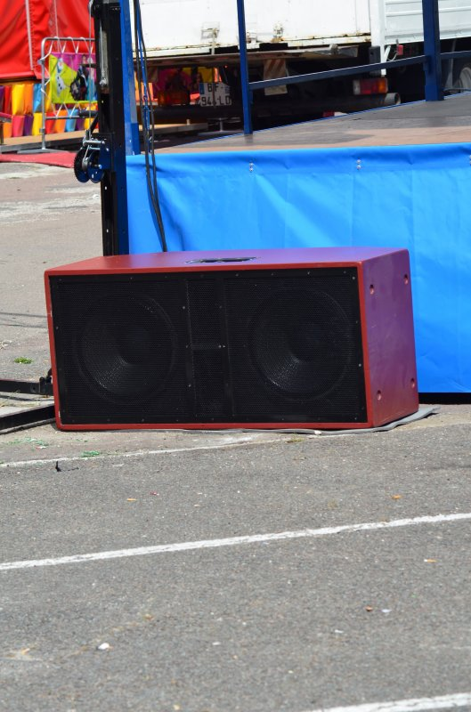NOUVEL INVESTISSEMENT : LINE-ARRAY POSSIBILITE DE LOCATION AVEC TECHNICIEN