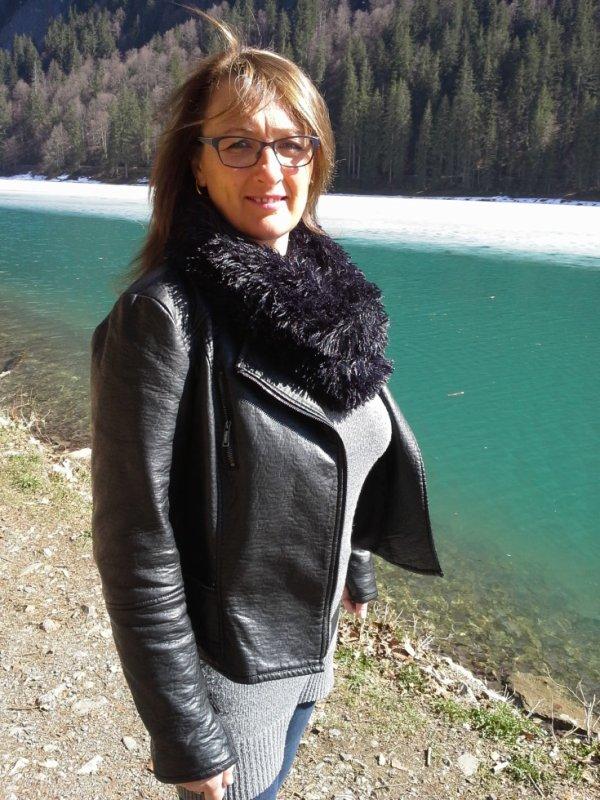 Petite balade autour d'un lac de montagne!!