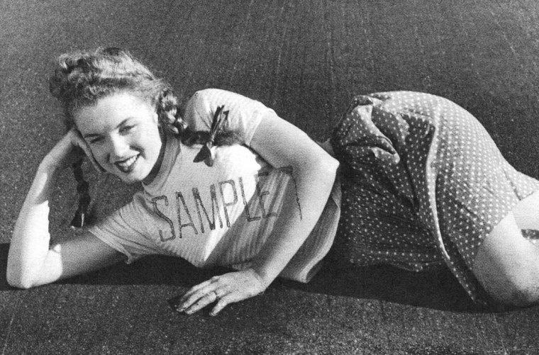 1945, 2 nouvelles séries de photos prisent par André De DIENES.