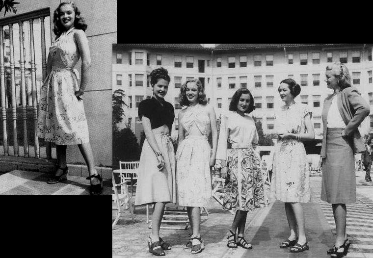 """Norma Jeane en séance photos pour la """"Blue Book Models Agency"""", en 1945-46."""