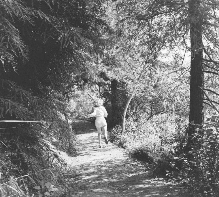 Août 1950, Marilyn photographiée par Ed CLARK (part 11).