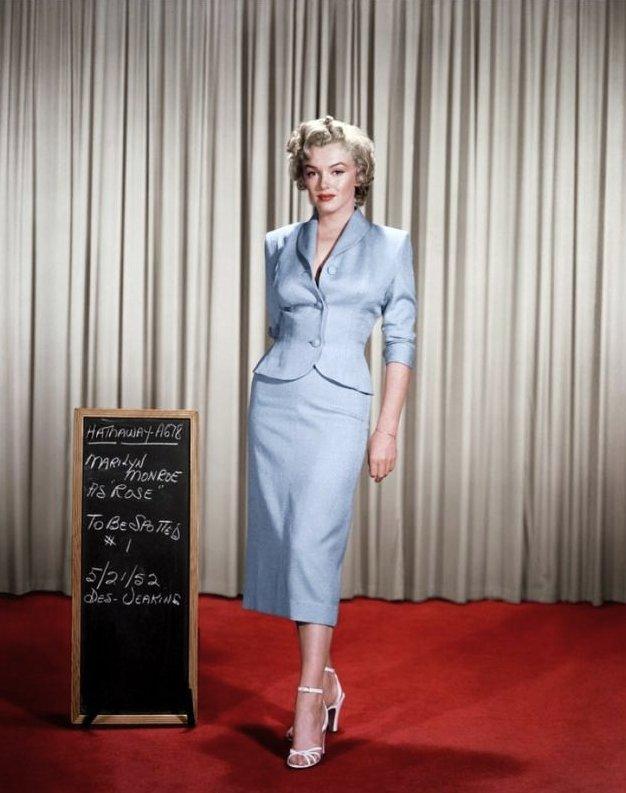 """ESSAIS costumes et coiffure pour le film """"Niagara"""" de Henry HATHAWAY."""