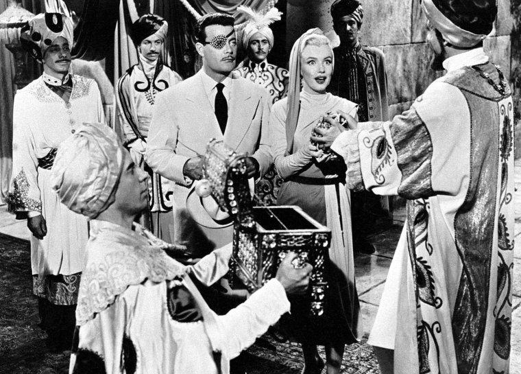 """1953 """"How to marry a millionaire"""" (Comment épouser un millionnaire) de Jean NEGULESCO / Scène où Marilyn rêve dans le film (part 2)."""