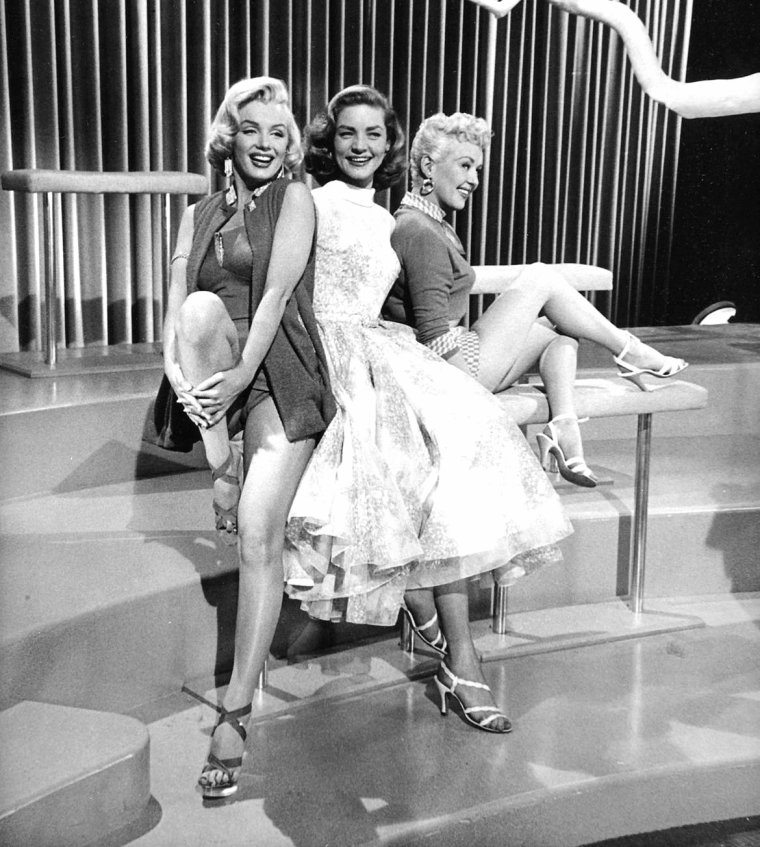 "1953 ""How to marry a millionaire"" (Comment épouser un millionnaire) de Jean NEGULESCO / LE TRIO, Marilyn, Lauren BACALL et Betty GRABLE (part 2)."