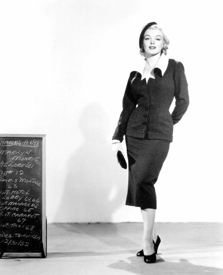 """1953, ESSAIS costumes et coiffures pour le film """"Gentlemen prefer blondes"""" de Howard HAWKS (part 4)."""