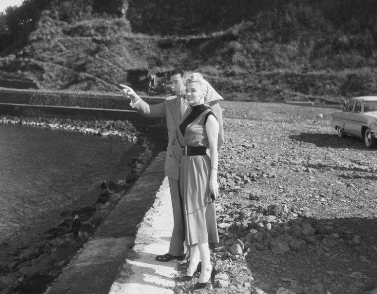 Marilyn et joe visitent un village de pêcheurs (part 2).