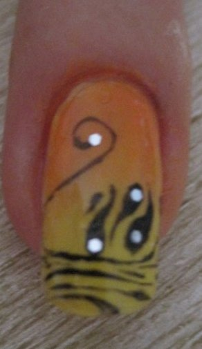 •Nail art• Cygne