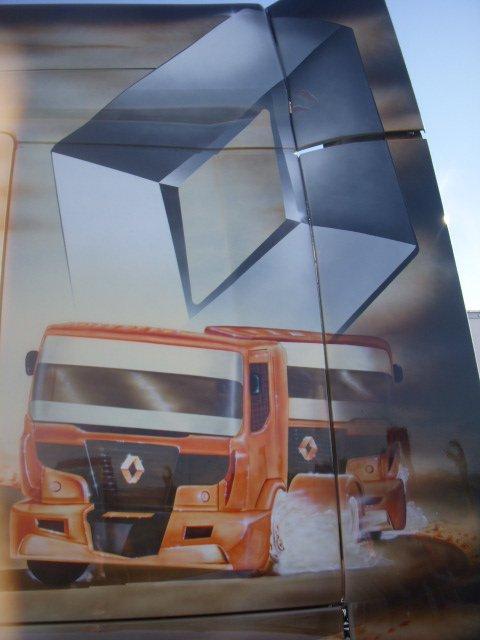 ptit tour chez renault trucks la couronne