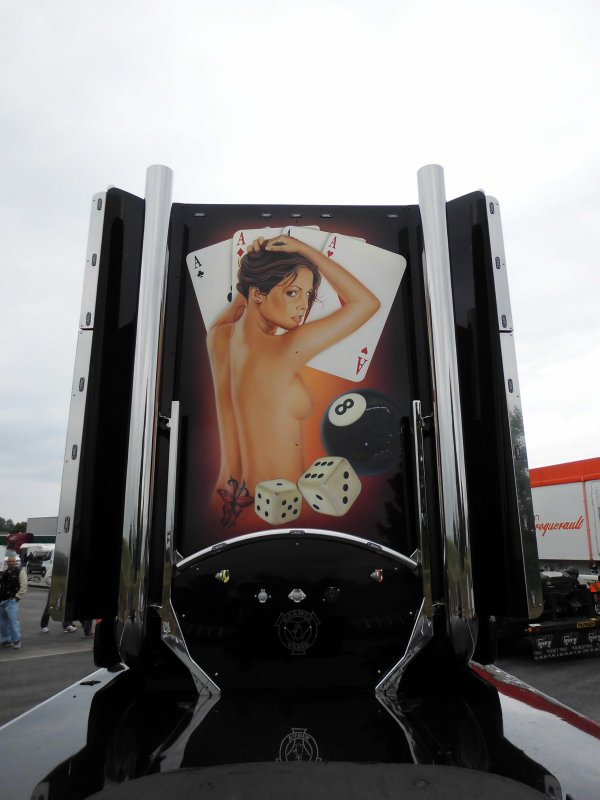 le Las Vegas a Chevanceaux http://morgan-transports-durand.skyrock.com/