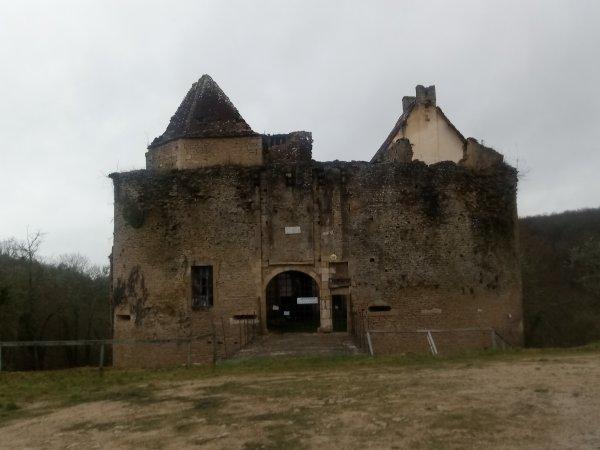 Chateau de rochefort <3