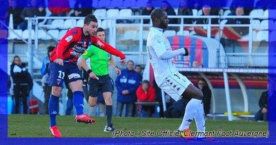 Ligue 2 - (CLERMONT FOOT / AMIENS SC) - Amiens chute encore ...