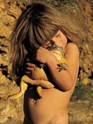 Que c'est beau cette tendresse... si tout le monde pouvait être ainsi avec les animaux... ces doux êtres vivants....