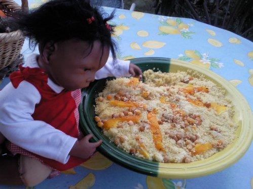 Jasmine prépare le repas