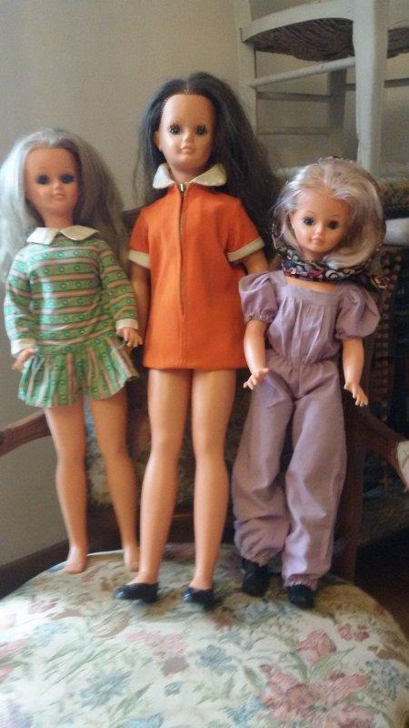 Cathie, Betsie et Leslie vous souhaite une bonne journée.