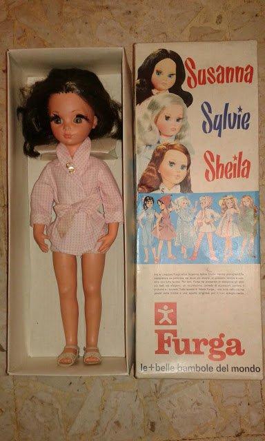 Lien vers un joli site sur les poupées Furga, avec les photos des catalogues de 1965 et 1969.