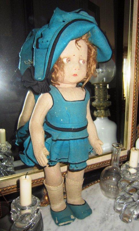 Les enchères : une  poupée Lenci  a été acquise pour 171 euros sur eb..