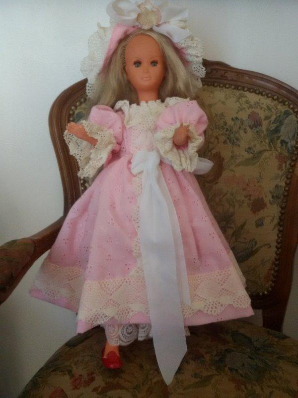 Une nouvelle tenue pour Dolly